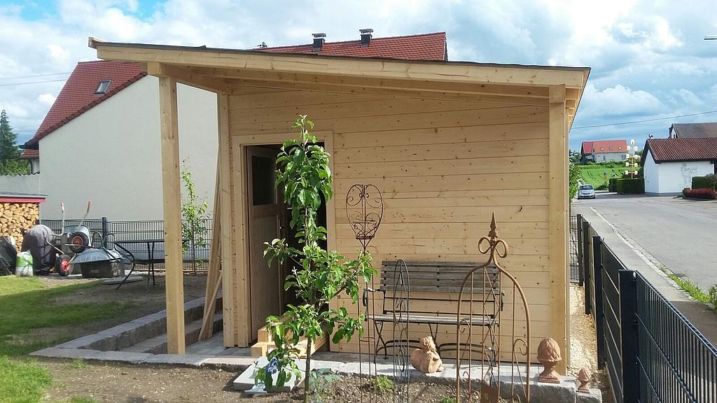 gartenhaus mit terrasse aus polen wohndesign und. Black Bedroom Furniture Sets. Home Design Ideas
